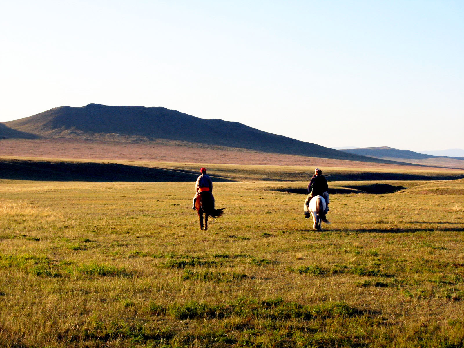 9 amazing things to experience in mongolia probe around for Where to go horseback riding near me