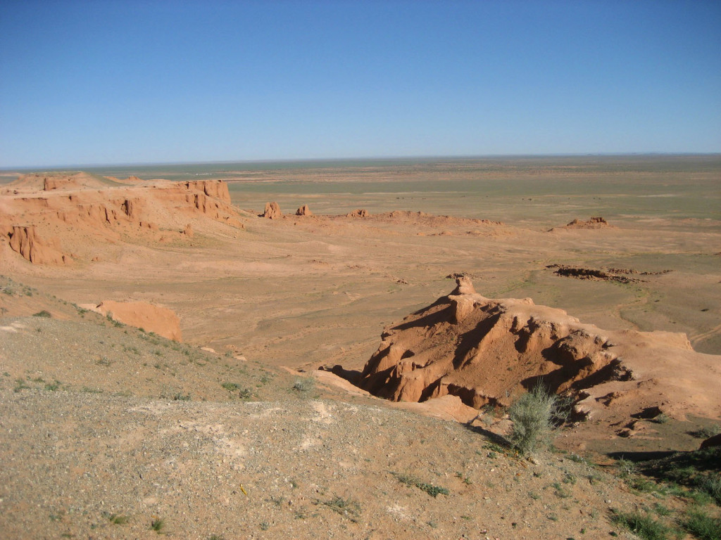 exploring the flaming cliffs is on of the top things to do in Mongolia in 2 weeks