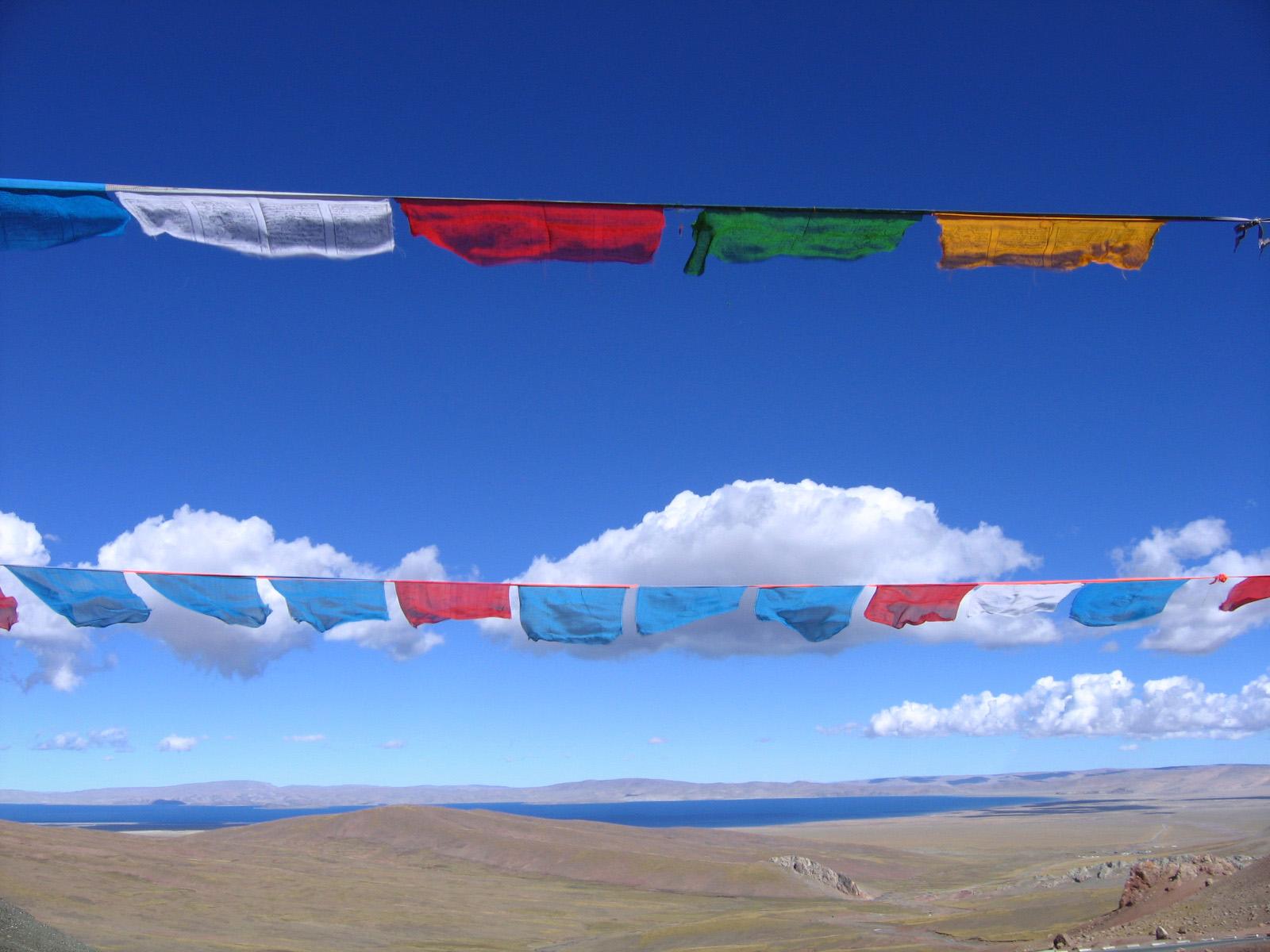 7 days in Tibet, visit Lake Namtso and stop at Laken Pass